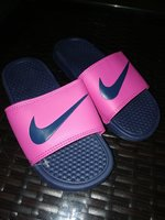 Used Nike slipper size 35 in Dubai, UAE