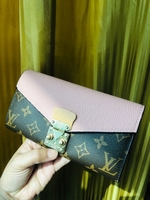 Used Lv wallet with code in Dubai, UAE