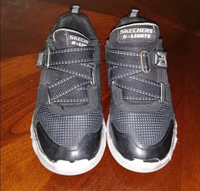 Used Skechers kids size 28 lightly used  in Dubai, UAE