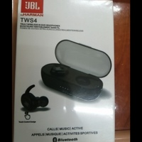 Used ,,,,., JBL wireless earphone.. in Dubai, UAE