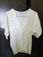 Used Zara white tops in Dubai, UAE