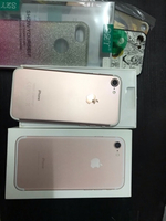 Used Iphone 7 32gb rose gold lady owned  in Dubai, UAE