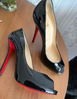 Used Christian Louboutin heels authentic in Dubai, UAE