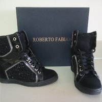 Used Original Roberto Fabiani suede shoes in Dubai, UAE