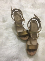 Used Aldo gold wedges  in Dubai, UAE