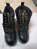 Used women boots women leather shoes size 39 in Dubai, UAE