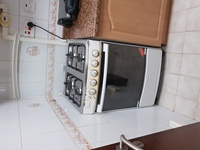Used Gas cooking range and oven in Dubai, UAE