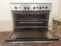 Used Siemens Gas Cooking Range in Dubai, UAE