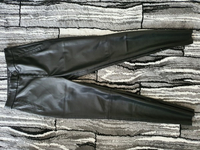 Used Zara pants small in Dubai, UAE