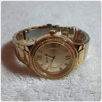 Used Brand new golden Watch for Lady fabulous in Dubai, UAE