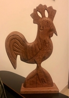 Used Wooden rooster decoration  in Dubai, UAE