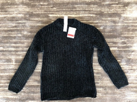 Used Sweater C&A size 134-140 new in Dubai, UAE