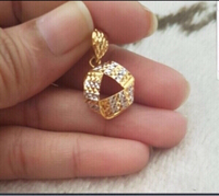 Used Pure Gold 22 Karat from Pure Gold. in Dubai, UAE