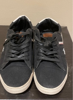 Used Momento casual shoes,sneakers  in Dubai, UAE