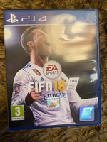 Used 2 PS4 cd PlayStation game in Dubai, UAE