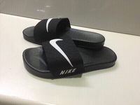 Used Nike slippers size 40,new in Dubai, UAE