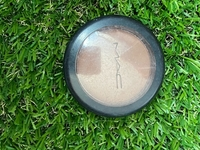 Used Original Mac bronzing powder in Dubai, UAE