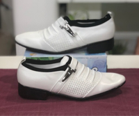 Used White Formal Shoes/40 in Dubai, UAE
