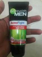 Used GARNIER MEN Acno Fight 6-in-1 face wash in Dubai, UAE
