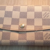 Used LV damier azur emilie wallet in Dubai, UAE