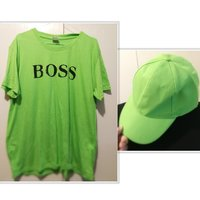 Used New round neck green tshirt + free 🎁 in Dubai, UAE