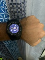 Used Iq11 watch with calling and sim card in Dubai, UAE