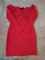 Used Off shoulder red dress 20drm only in Dubai, UAE