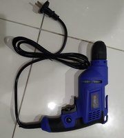 Used Drill machine wired 450 W in Dubai, UAE