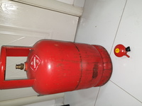Used Gas cylinder  & Regulator in Dubai, UAE