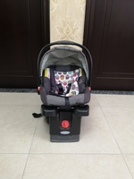 Used Car seat+stroller+base in Dubai, UAE