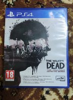 Used Walking Dead Definitive Edition PS4 in Dubai, UAE