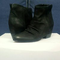 Used ALDO Azola Leather Boots in Dubai, UAE