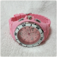 Used Pink amazing TECHNO MARINE watch.. in Dubai, UAE