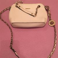 DINY CROSS BODY BAG BEAUTIFUL AS NEW OFF WHITE