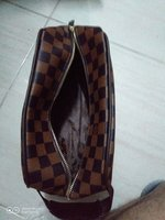 Used Lv wallet and Lv pouch in Dubai, UAE