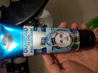 Diamond peel off face mask..