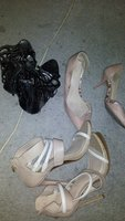 Used Free sandals just pay shipping and mel2 in Dubai, UAE