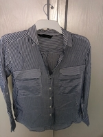 Used Striped shirt. Formal and casual in Dubai, UAE