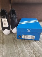 Used Adidas Slipon for women in Dubai, UAE