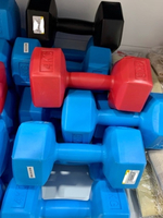 Used Dumbbells 4KG x 2 pieces in one set in Dubai, UAE