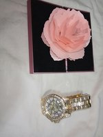 Ladies wrist watch with flower ring