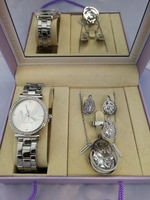 Used MK LADIES WATCH SET WITH NECKLESS silver in Dubai, UAE