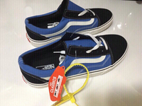 Used Vans sneakers size 42, new in Dubai, UAE