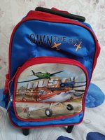 Used Brandnew kids bagpack/school trolley bag in Dubai, UAE