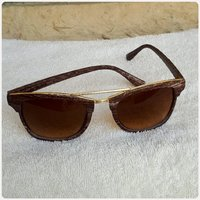 Wooden browm sungglass