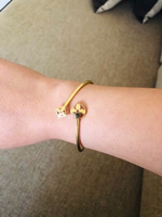 Used 18k gold , LV inspired bangle 8.1 grams  in Dubai, UAE