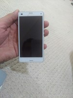 Used Sony compact Z3 in Dubai, UAE
