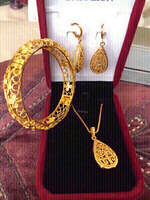 Used 18K gold plated jewelry set new in Dubai, UAE
