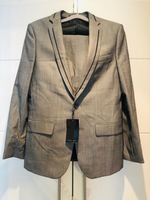 Used Suit ZARA (NEW) with a shirt, size 48 in Dubai, UAE
