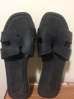 Used H Slippers size 5 and 6  in Dubai, UAE